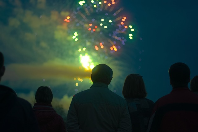fireworks-918892_640